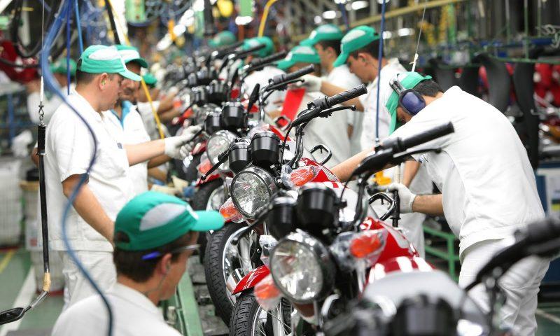 Queda na Produção e Venda de Motos no Brasil em 2016